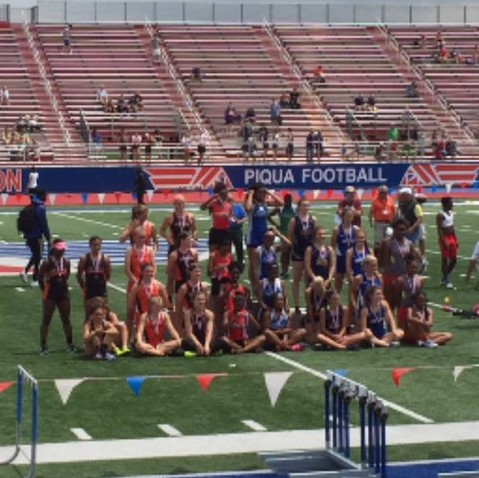 Girls Track and Field 4x100